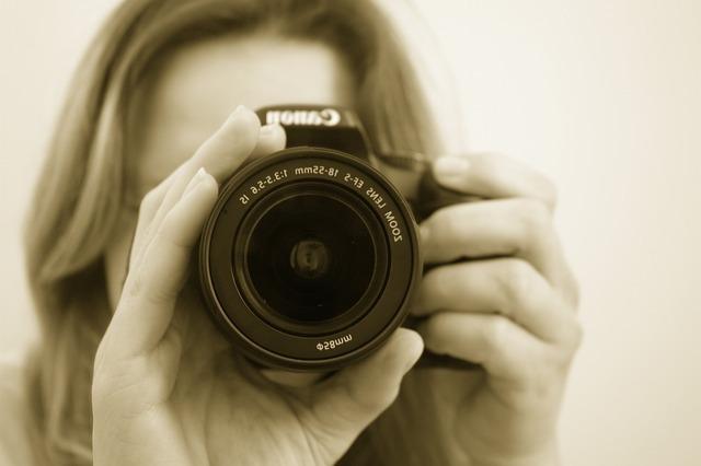 photographer-16022_640.jpg